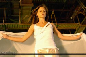 sarah-michelle-gellar-the-air-i-breathe-movie-hq-04-1500